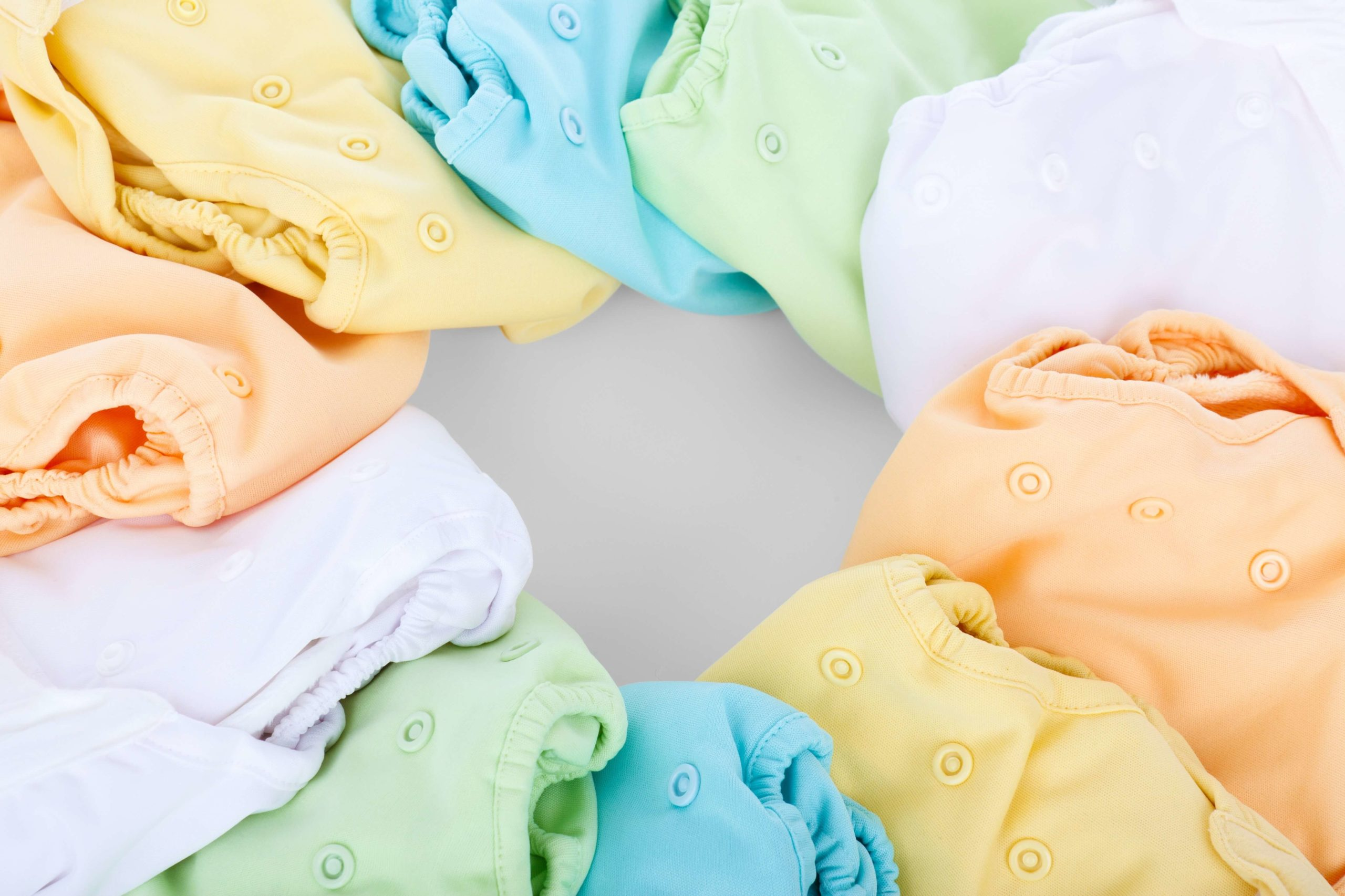 Mini Guide: Starting With Cloth Diapers